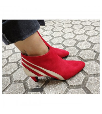 HELENA RED
